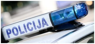 policija oznaka na automobilu